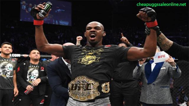 Petarung Terkuat UFC Lepas Sabuk Juara Demi Main Judi Bola Online